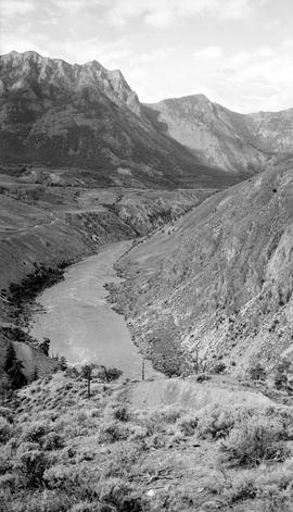 Fraser River Canyon at Fountain.