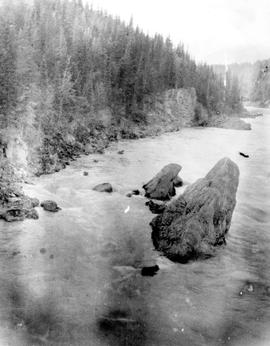 The foot of Deserters Canyon on the Finlay River, see SW4004.