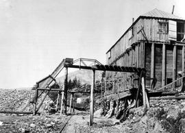 Ore-house and bins, LeRoi Mine, Rossland.