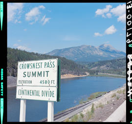 Crowsnest Pass Summit Sign