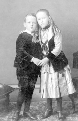Hy Brown's children, Fanny and George.
