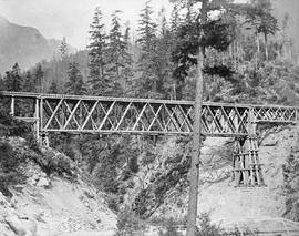 A railway truss; from Onderdonk albums.