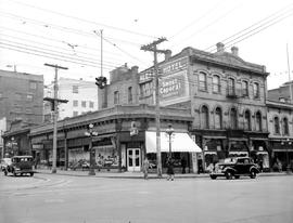 Victoria; Southeast Corner Fort And Government Streets; Shoe Store On The Corner, The Albany Hote...