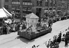 Hudson's Bay Company pageant in Victoria, on Government Street, looking south toward Courtne...