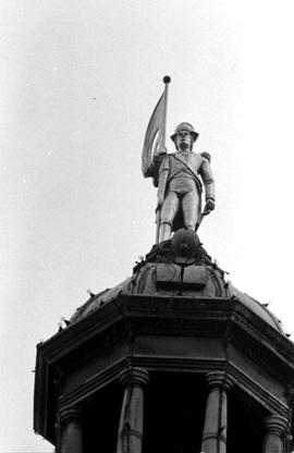 Captain Vancouver Statue, Legislative Buildings Victoria