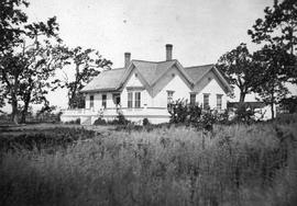 Broome Cottage; the Edward Graham Alston residence; later became the site of Pentrelew, the Creas...