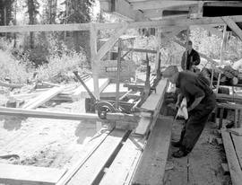Edging Lumber On Head Rig Smithers Lumber Bush Mill