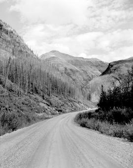 Alaska Highway, Mile 437.1 East