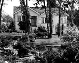 The garden at the Ahier residence on Palmer Avenue, Victoria.