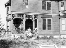 The Frederick W. Blankenbach family at home; Cadboro Bay, Victoria; lived there from 1900 to 1906.