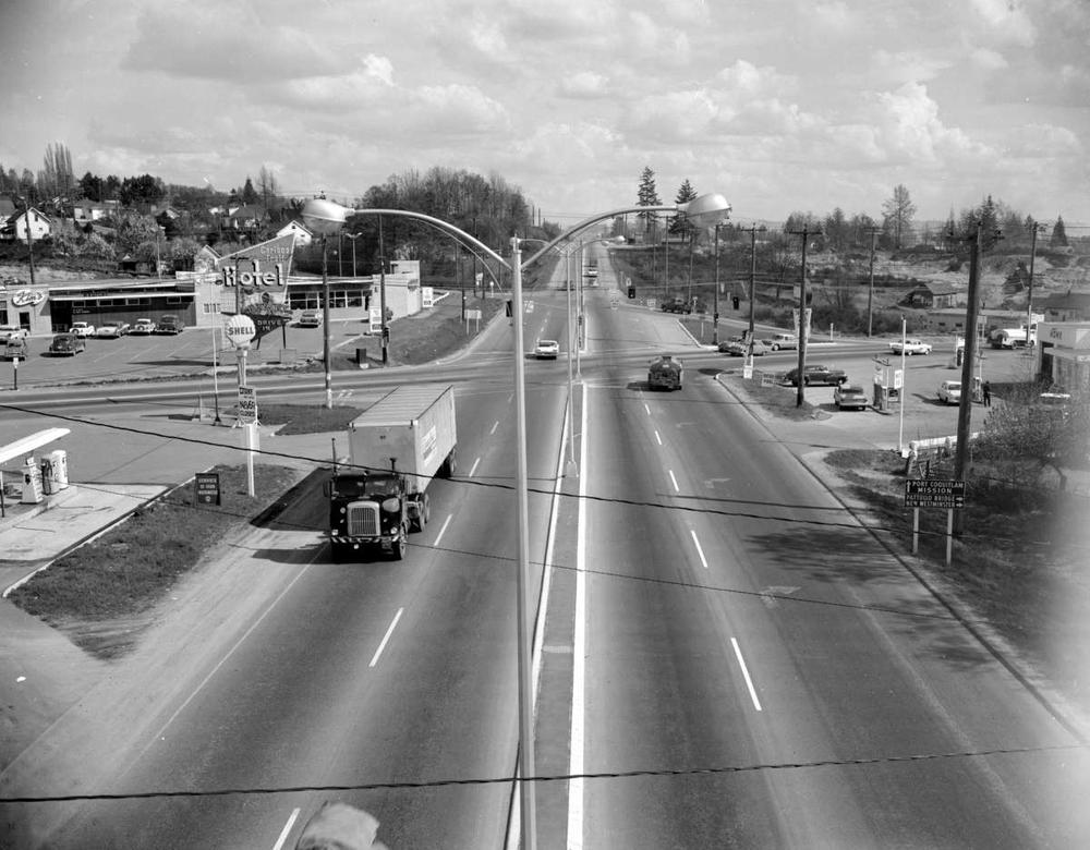 Cariboo Trail Hotel, Coquitlam - RBCM Archives