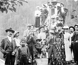 Group disembarking from the SS Minto at Harrison Hot Springs.