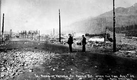 """Ruins of Victoria Avenue, Fernie, BC, after the fire of 1 Aug 1908"""