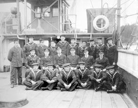 HMS Shearwater, her officers and petty officers.