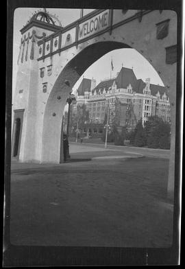[Welcome Arch, Victoria]