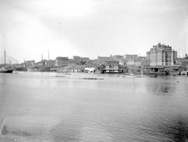 A canoe race in the Inner Harbour, Victoria.