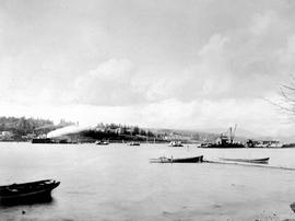 """General view""; construction of the Fraser River Bridge in New Westminster."