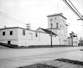 Exterior view of Silver Spring Brewery Ltd., Esquimalt Road at Catherine Street, Victoria.