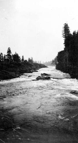 East channel, Kettle Falls