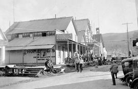 Kelly's Hotel, Barkerville. The Day The Vancouver Board Of Trade Visited Barkerville.
