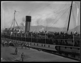 Soldiers arrive in Vancouver