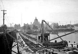 Construction of the James Bay causeway, Victoria.