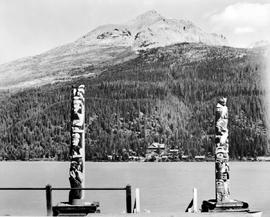 View of Lake Wapta Lodge showing totems in the foreground