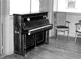 Barkerville Interior Of The Kelly Hotel Piano