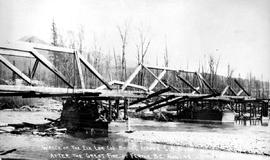 """Wreck of the Elk Lumber Company's bridge across the Elk River after the great fire of ..."