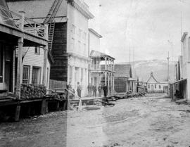 Barkerville, from the left, Charlie House's home, Joe Denny's saloon, the Masonic hall.