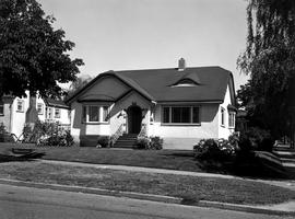 A Home At 401 Cook Street, Victoria.