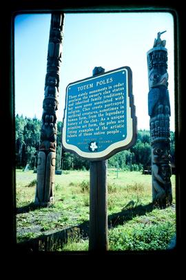 Stop Of Interest Sign - Totem Poles