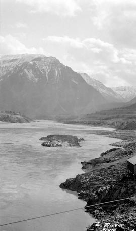 The Fraser River from the Lillooet Bridge.