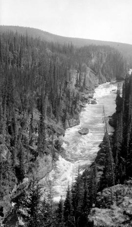 Nechako Canyon, box canyon.