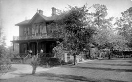 Richard Carr residence, 207 Government St., Victoria; two women on front porch.
