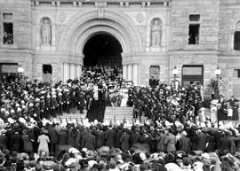 Reception of Governor General the Duke of Connaught and the Duchess of Connaught on the steps of ...