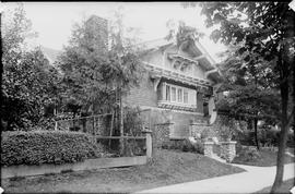 Exterior of the A.C. Hirschfeld home, 1963 Comox Street, Vancouver