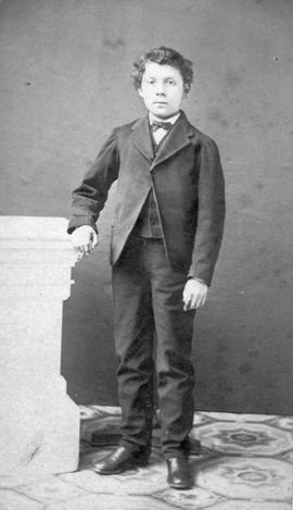 An unidentified young man.