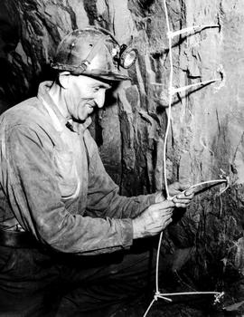 Cominco Sullivan Mine; Primer Cord Hook-Up; Kimberley.