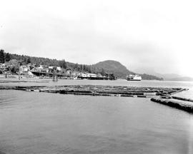 S.S. Bainbridge Leaving Gibsons Landing.
