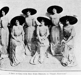 """A group of girls with Miss Marie Dressler, in Tillie's Nightmare."""