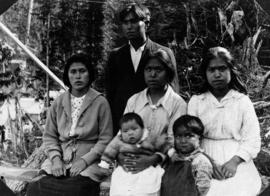 Chief Charley's Son Chester With Wife And Sisters Rivers Inlet