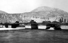 """Flood control station at south end of Okanagan Lake, 650 c.f.s. discharge 11 Jun 1922""."