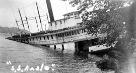 """S.S. Kaslo"" sunk at Ainsworth"