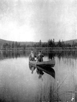 Finlayson And Swannell At Divide Lake