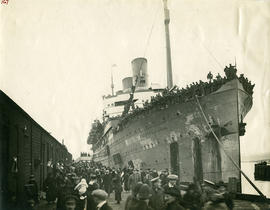 S.S. Empress of Asia returning to Victoria with troops; Victoria welcomed 15,000 veterans.
