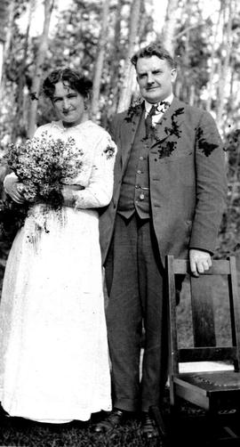 Robert Wesley and Nellie McClung.