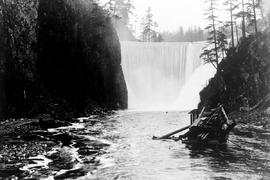 """Nanaimo Dam construction, 13th Aug 1931"", ""39 to 45, from old crib looking west&q..."