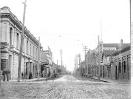 Looking east on Fort Street from Government Street, Victoria