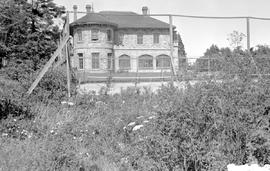 """Armadale"", residence of Senator William John MacDonald, 241 Niagara Street in Victoria."